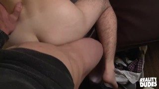 Reality Dudes – Amateur twink Duncan gets talked into anal